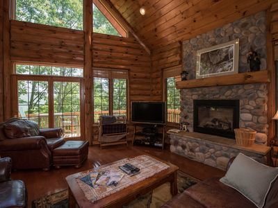 Photo for Close to Snowshoe, restaurants, shopping Secluded. Upscale. Personal hot tub.