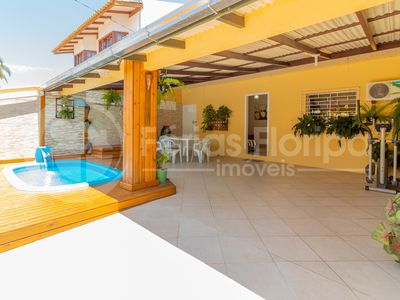 Photo for House with Pool 3 Bedrooms with Air in Campeche Beach.