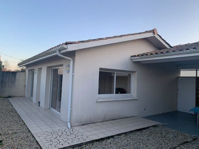 Photo for House for 6 people 5 minutes from the beaches of Montalivet