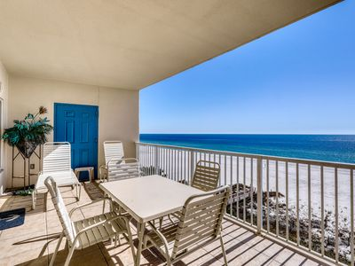 Photo for Gulf-front, family-friendly condo w/ balcony! Access to shared pools/hot tub!