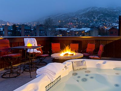 BL6303 Roof Top Patio with Unreal Views! Hot Tub, Fire Pit and BBQ!