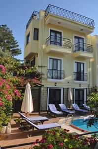 Luxury villa with private pool and stunning views