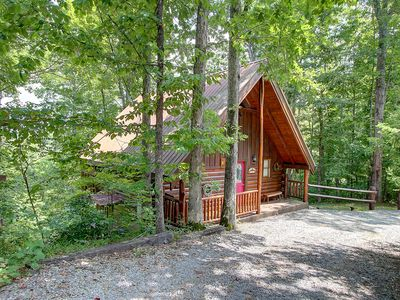 "Photo for Make this ""Honey"" of a home your home in the Smokies!"