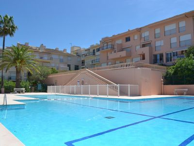 Photo for Apartment Saint-Tropez with sea view 5 minutes from the port