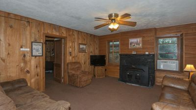 """Photo for Upper Canyon Lodging Co - """"Sara's Cabin"""" - Comfy Cabin in the Upper Canyon"""
