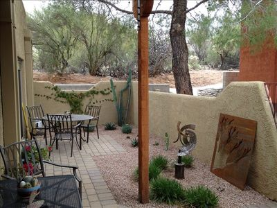 Private landscaped patio