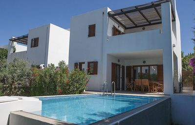 Photo for Detached Villa with Private Pool in the vibrant village of Lardos near the beach