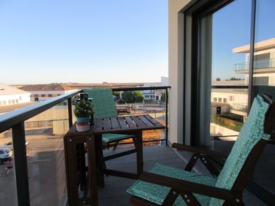 Photo for Modern luxury apartment with private south/east facing terrace near Gran plaza
