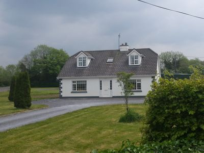 Photo for Large holiday home close to Galway City