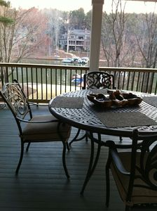 Newly renovated deck for fabulous views of Lake Oconee!