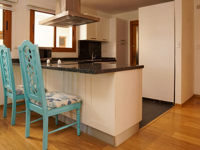 Photo for 19. Comfortable 2 bedroom apartment, second level