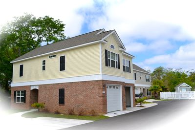New home built in late 2011, 4 large bedrooms, 3 full bath, two car garage, Pool