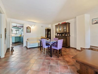 Photo for Elegant Holiday Home in Sant'Angelo a Cupolo with Garden