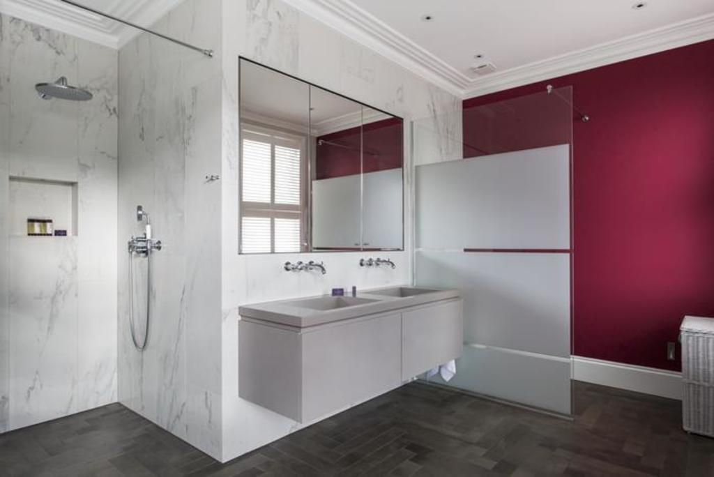 London Home 710, Enjoy a Holiday of a Lifetime Renting Your Own Private London Home - Studio Villa, Sleeps 9