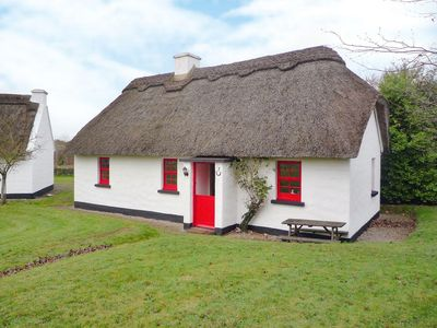 Photo for 3 bedroom property in Nenagh. Pet friendly.