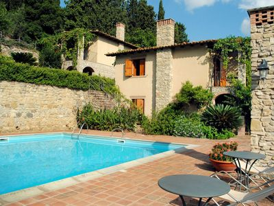 Photo for Nice apartment for 6 people with pool, WIFI, TV, pets allowed and parking