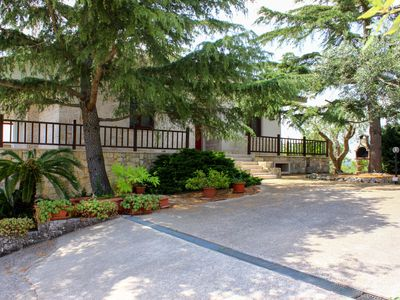 Photo for Spacious villa with a private pool, valley view & central location!