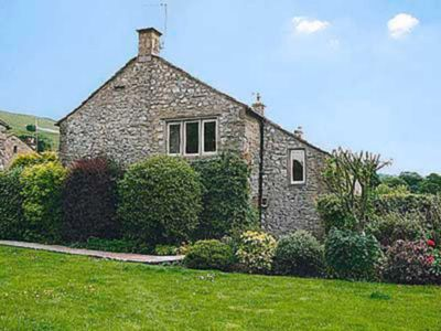 Photo for 2 bedroom accommodation in Conistone with Kilnsey, Grassington