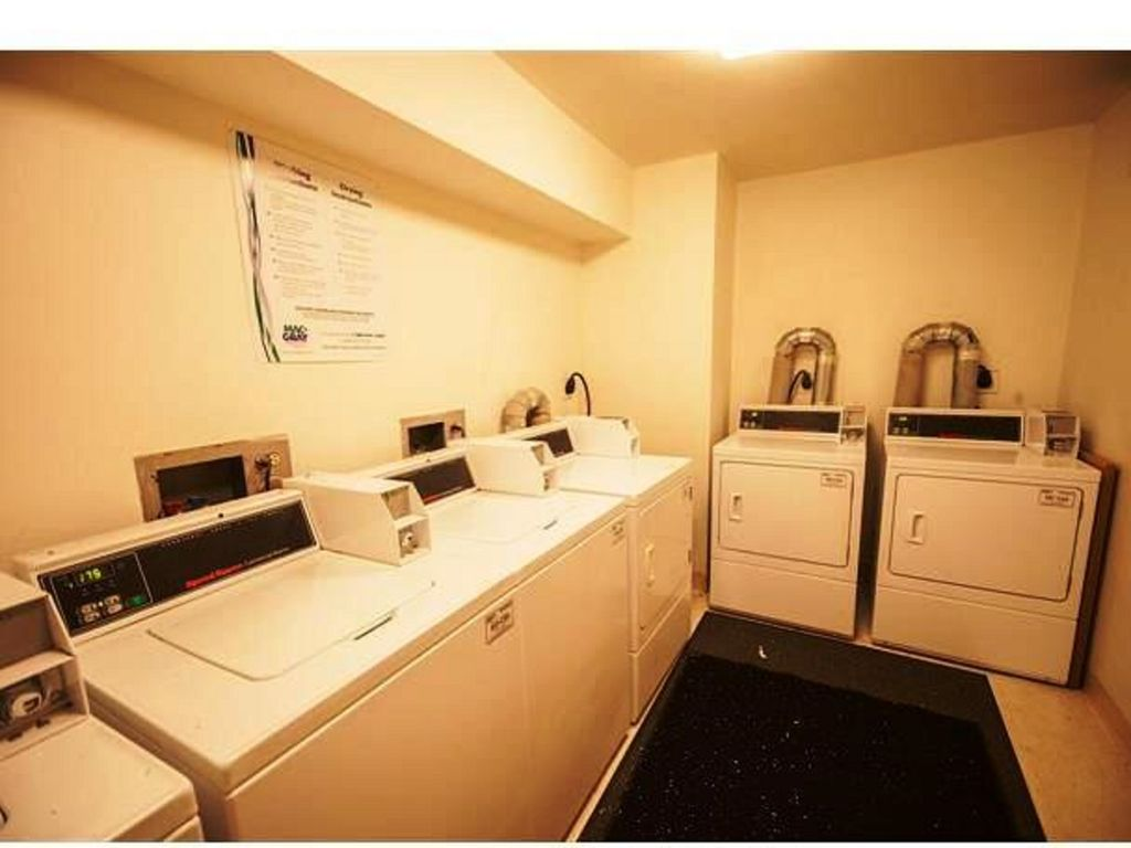 Property Image#16 Walk to Lifts! Extra Large Condo, Yr-round Pool