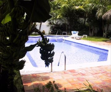Photo for Spacious modern 1or2 bedroom Secure Oasis by Los Muertos Beach, Wifi- No Climbs!