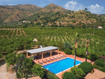 Photo for Polyphemus-Princely country cottage-Taormina countryside