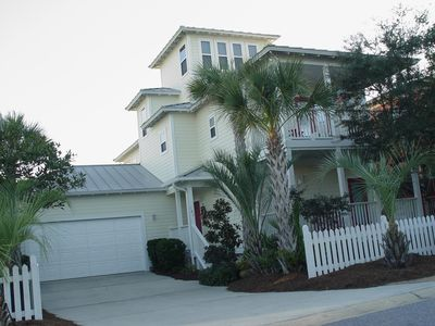 Front View Of Flamingo Cottage