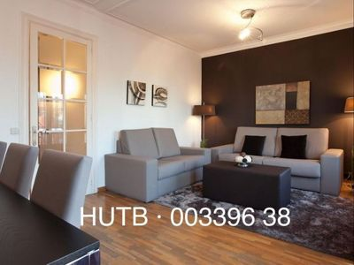 Photo for Urgell Moderno apartment in Eixample Esquerra with WiFi, air conditioning, balcony & lift.