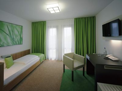 Photo for Single room, shower or bath, WC - Akademiehotel