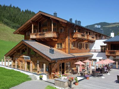 Photo for Unique luxury apartment with sauna, next door to the gondola