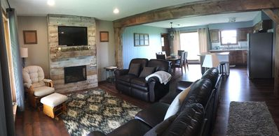 Modern Farmhouse, Central Pike Co. IL,  Scenic views,  Spacious gathering room