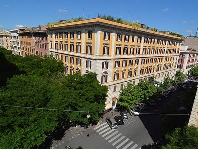 Photo for Apartment Vatican Family 4BR Apartment in Roma: Vaticano - 8 persons, 4 bedrooms