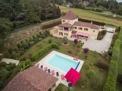 Photo for In Sarlat, BIG PERIGOURDINE 10/14 pers with private heated pool