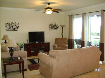 Brookside Condo in Heritage Bay/Views of Golf Course Lake/Pond