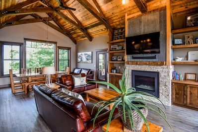 Come vacation on Long Lake in this beautiful home! - Frazee