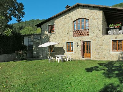 Photo for Nice apartment in villa for 4 guests with pool, TV and parking