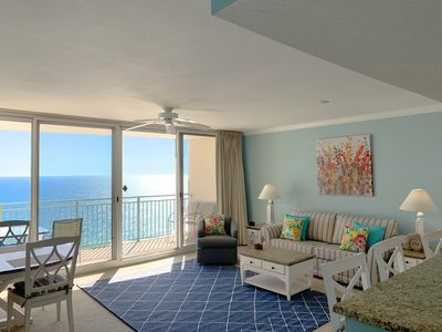 Photo for ☀Emerald Beach 2033☀2 HUGE Pools- Onsite Restaurant! OPEN Apr 13 to 15 $536!