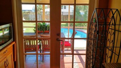 Photo for Private POOL Cottage, Near BEACH, Intracostal water way & DOWNTOWN