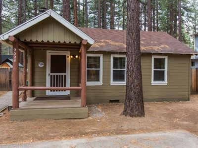 Photo for 2524K-Newly remodeled cabin, cute and cozy, gas fireplace, two flatscreen TV's