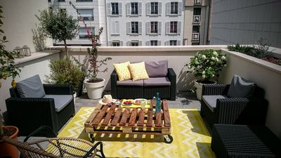 Photo for Beautiful penthouse in Paris-Levallois