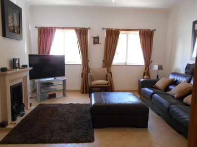 Photo for Luxury Spacious Ground Floor Accommodation, 8 Minutes Walk To Town Centre