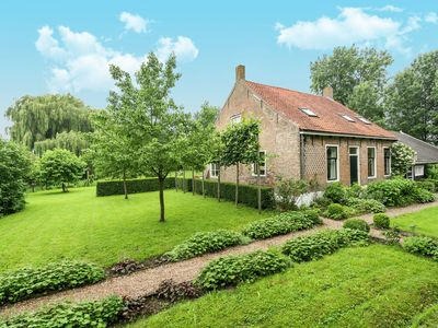 Photo for Completely renovated farm (250 m2), dating from 1733, in Oudelande, Zeeland.