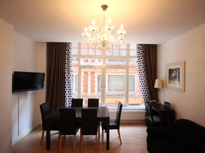 Photo for 2 Bedroom Flat 5 minutes from Oxford Street!