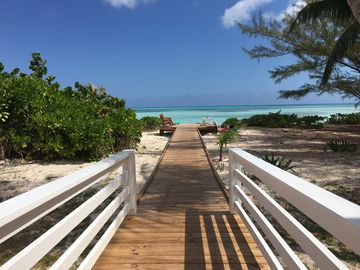 Tay Bay Beach, The Bluff, Eleuthera Island, Bahamas