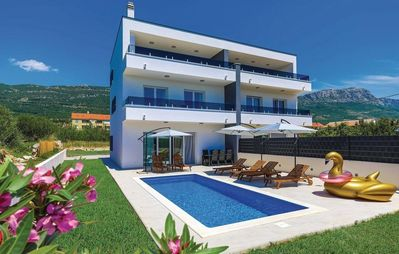 Photo for Family friendly house with a swimming pool Kaštel Lukšić, Kaštela (K-18263)