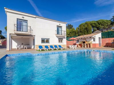 Photo for Club Villamar - Villa Vidreres with private swimming pool – serenity and space in your own holiday home