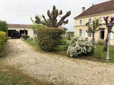 Photo for Typical charentaise 3 bedroom house in a quiet hamlet