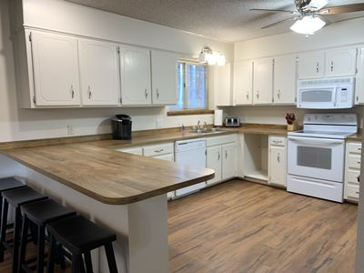 Upgraded kitchen, light and bright, all new wood floors 2019