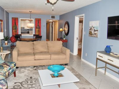 Beautifully decorated condo across the street from beach and close to many attractions