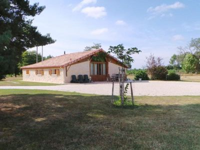 Photo for Gite Sainte-Hélène, 3 bedrooms, 6 persons