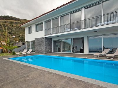 Photo for Panoramic Villa I - Sea view with heated pool